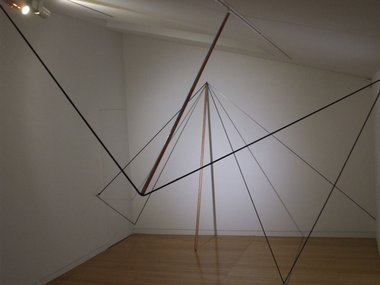 Rob Gardiner, Spatial Drawing, 2010, (installation detail) bungee cord, tape, paint, shadows, silver tape, wooden pole, screw hooks.