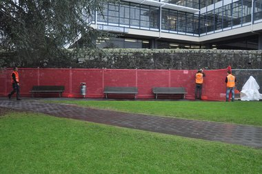 Bob van der Wal and Ben Clement, Be Seen, Be Effective, Auckland University town campus, 2012