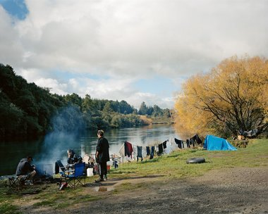 Derek Henderson, Kevin Simmons, Leanne Hema, and Troy Burton, Reids Farm, 2007. Chromogenic colour print, 845 x 990 mm