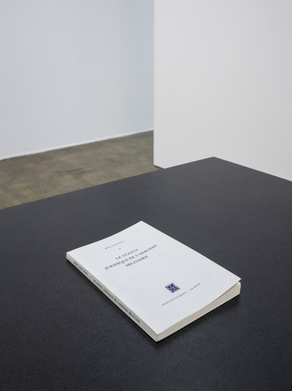 roland barthes the grain of the voice essay I anhalt, alternative voices: essay on contemporary vocal and choral  roland  barthes, 'the grain of the voice', 'lesson in writing', in image, music, text, trans.