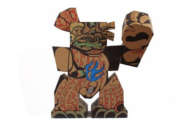 Rewiti Arapere, Te Aitanga-a-tiki, 2013, cardboard, permanent marker, paint marker, 1000 x 1000 x 500mm; image courtesy of the artist
