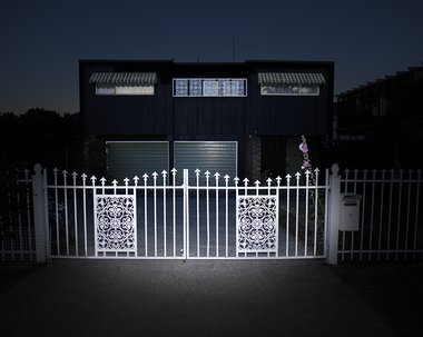 Greta Anderson, Day for Night fence, Takapuna, 2014/2015. Image courtesy of McNamara Gallery